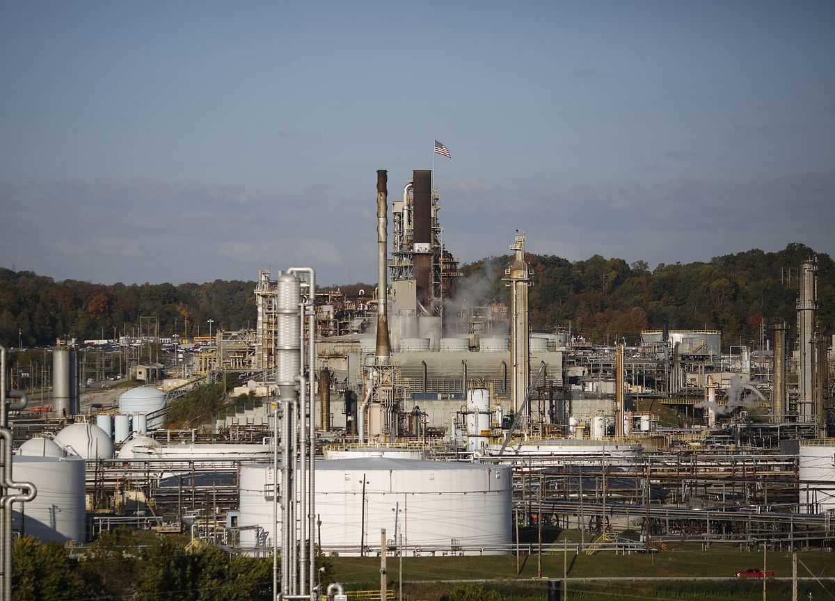 U.S. Posts First Month in 70 Years as a Net Petroleum Exporter