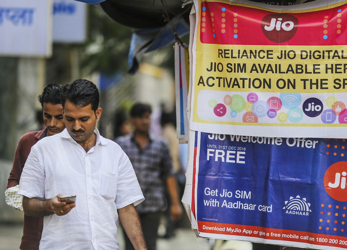 Who Gains The Most If Rivals Follow Reliance Jio's U-Turn