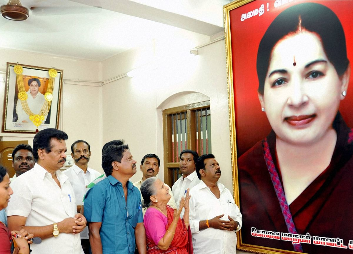 Jayalalithaa's Critical Health Triggers Bandh-Like Situation In Chennai