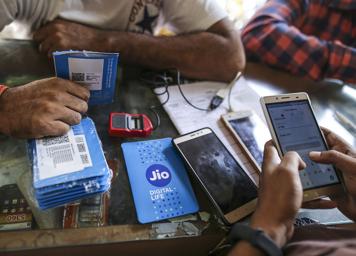 Jio May Top India's Mobile Phone Market by 2021: Bernstein