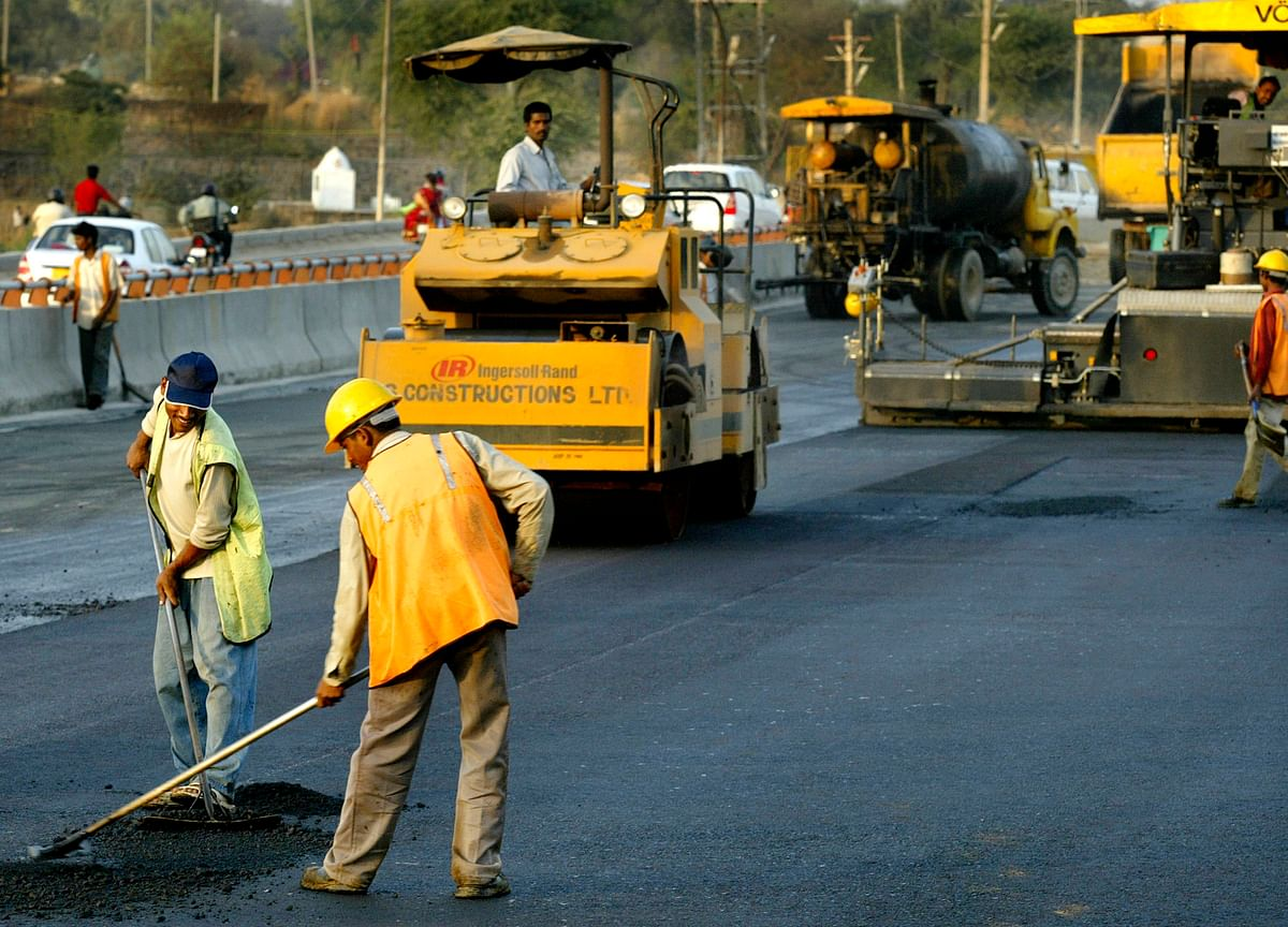 India's Road Building Authority Plans $695 Million Infra Investment Trust Issue