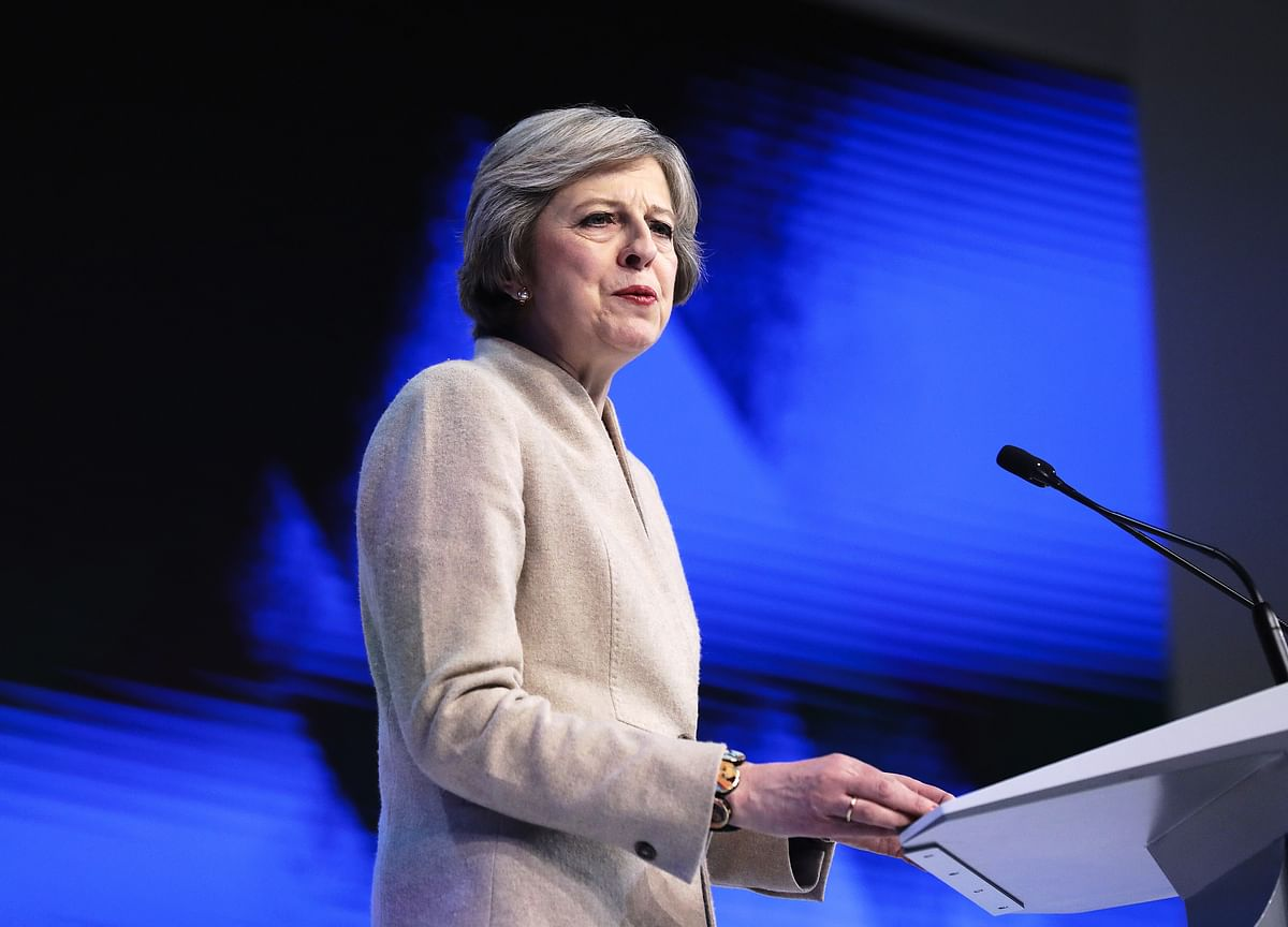 Theresa May Is Having Such a Tough Time Some People Feel Sorry For Her