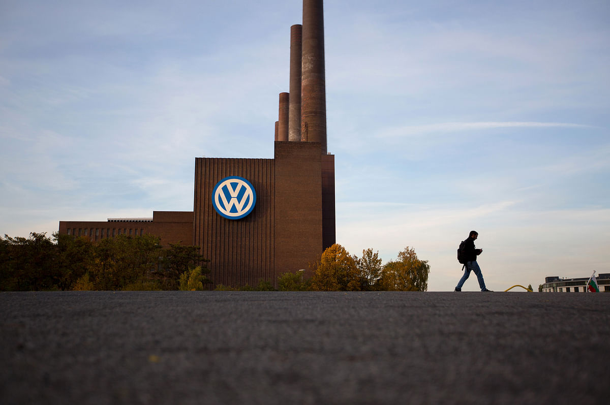 VW Officials Destroyed Files, E-Mails as Diesel Scheme Unraveled