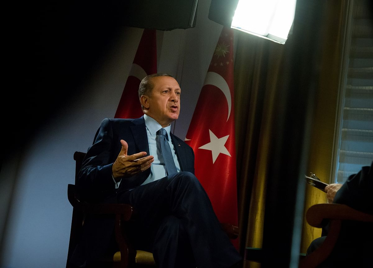 Erdogan Dares New Central Banker to Think Differently on Rates