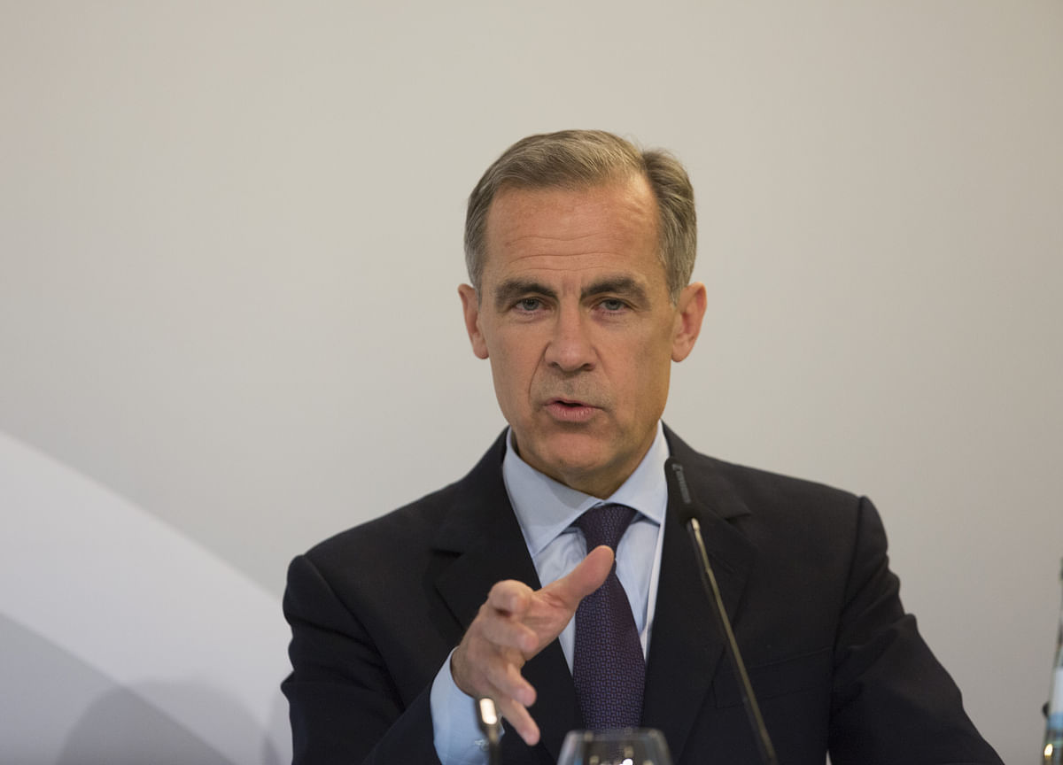 BOE Says Brexit Uncertainty Skews Forecasts, Keeps Rate on Hold