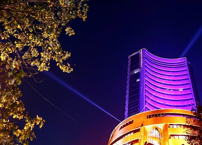 Four Out Of Top 10 Companies Lose Rs 84,433 Crore In Market Cap