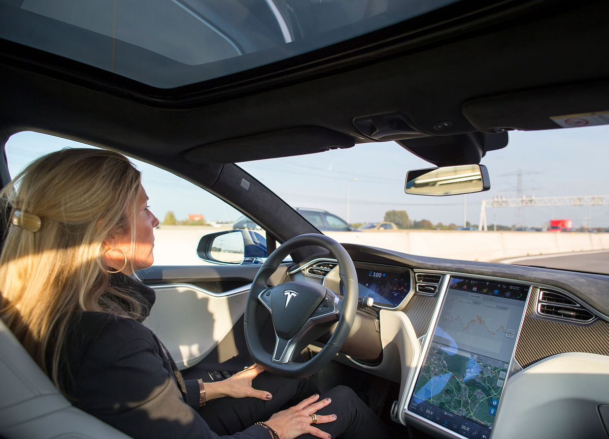 Tesla's Autopilot in Spotlight in New NTSB Reports on Crashes
