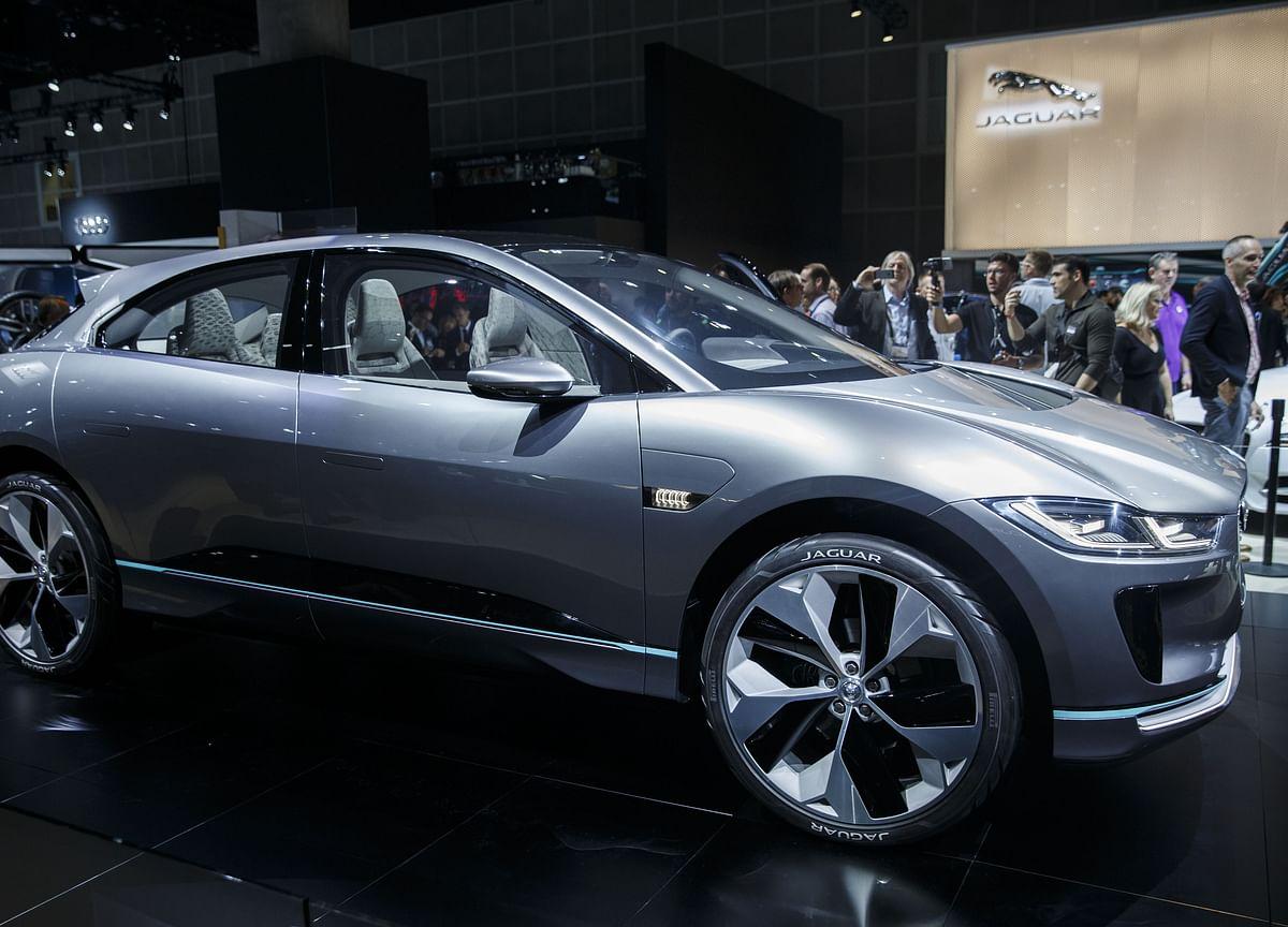 Cash-Rich BMW Should Buy 'Severely Challenged' Jaguar: Bernstein