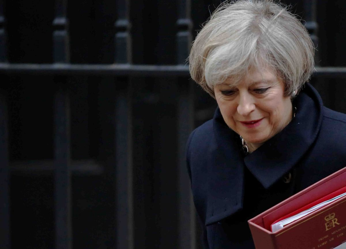 May Threatens and Pleads in Bid to Get Brexit Deal Over the Line