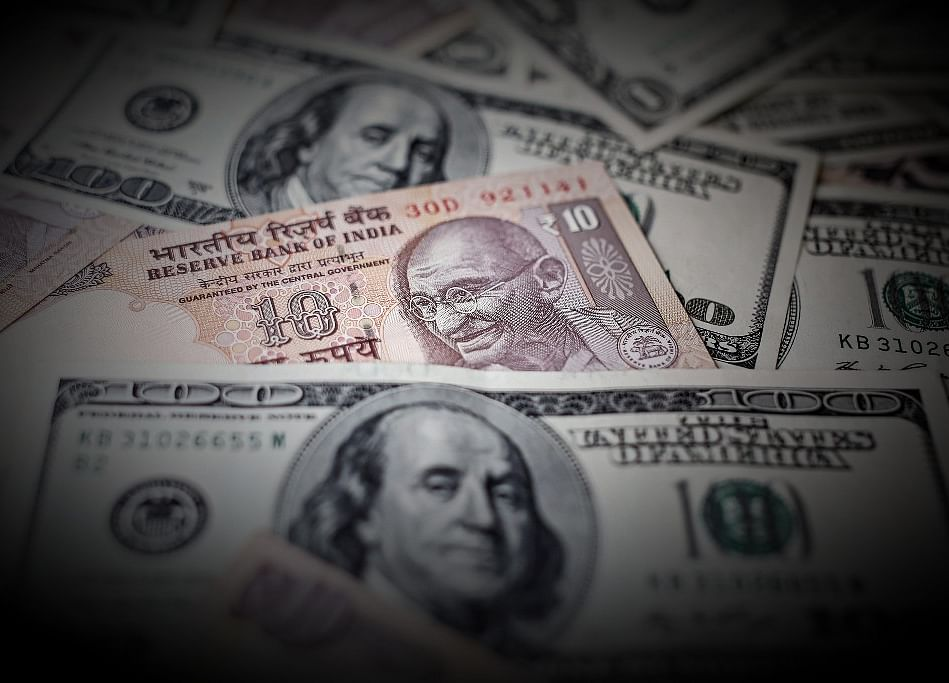 India's Foreign Exchange Reserves Jump To $421 Billion