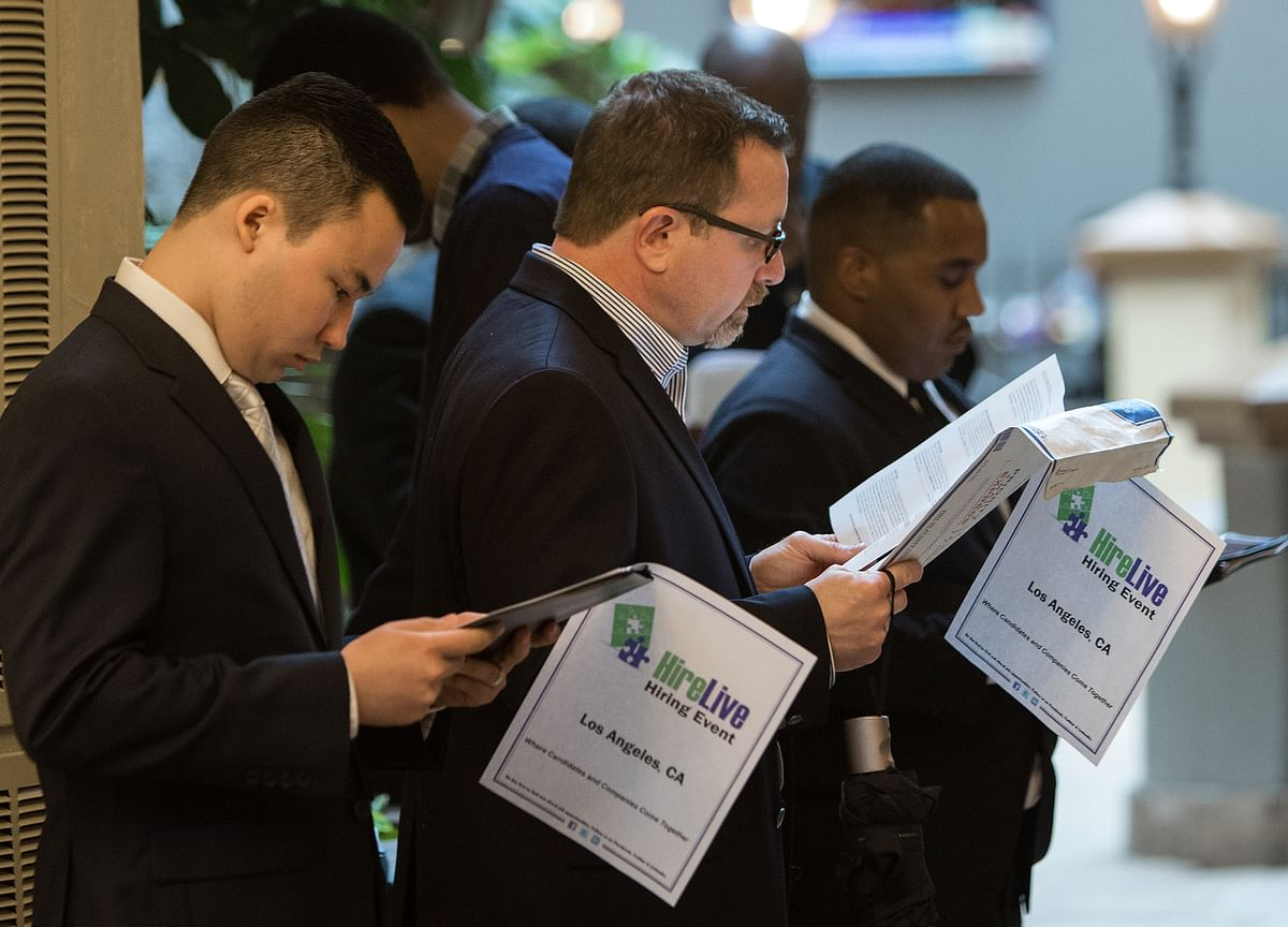 Ghosting andSocial Stalking: Modern Signs of a Hot Jobs Market