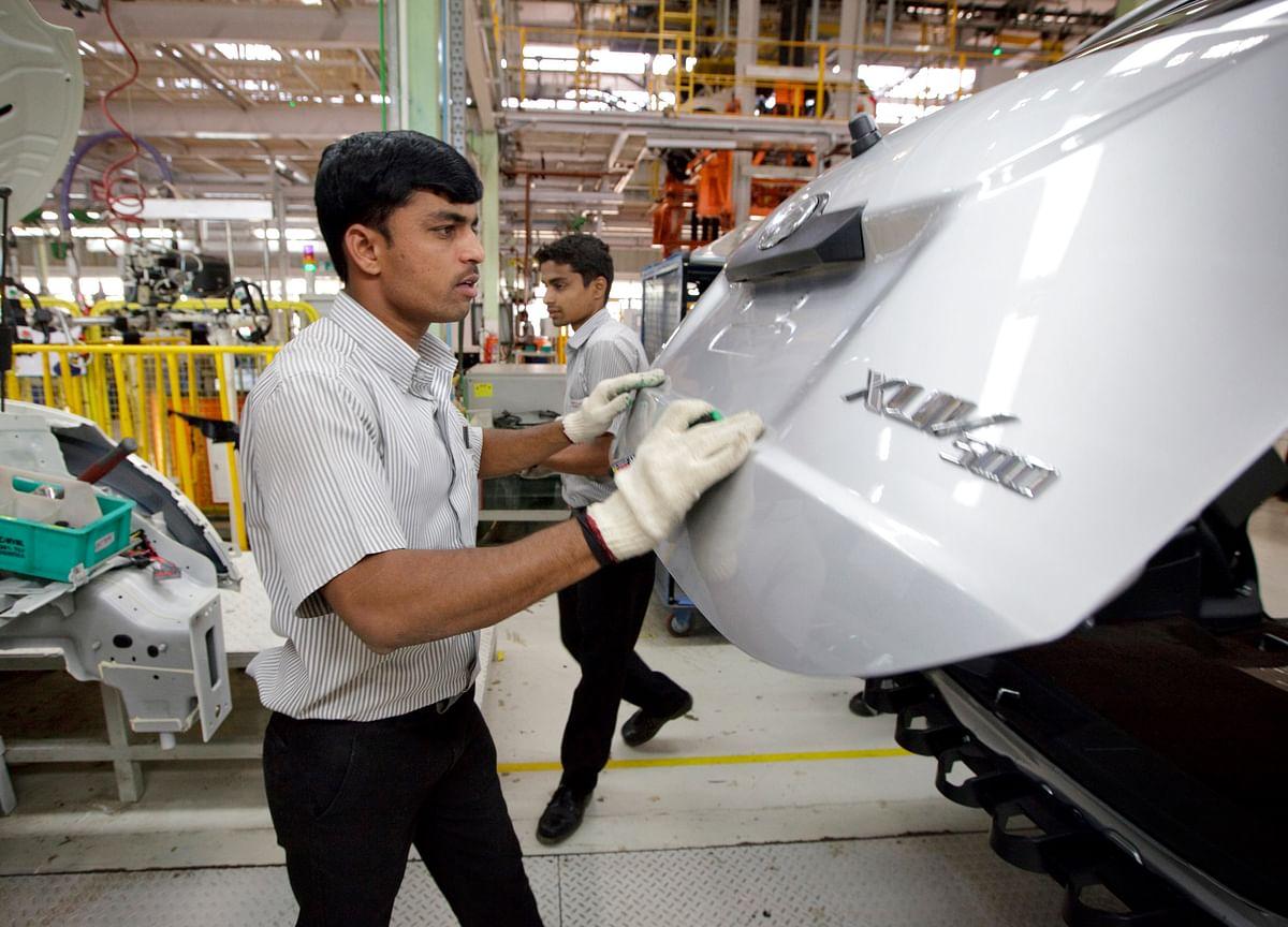 Mahindra Sells Treasury Stock To Canada's CDPQ; Raises Rs 1,240 Crore