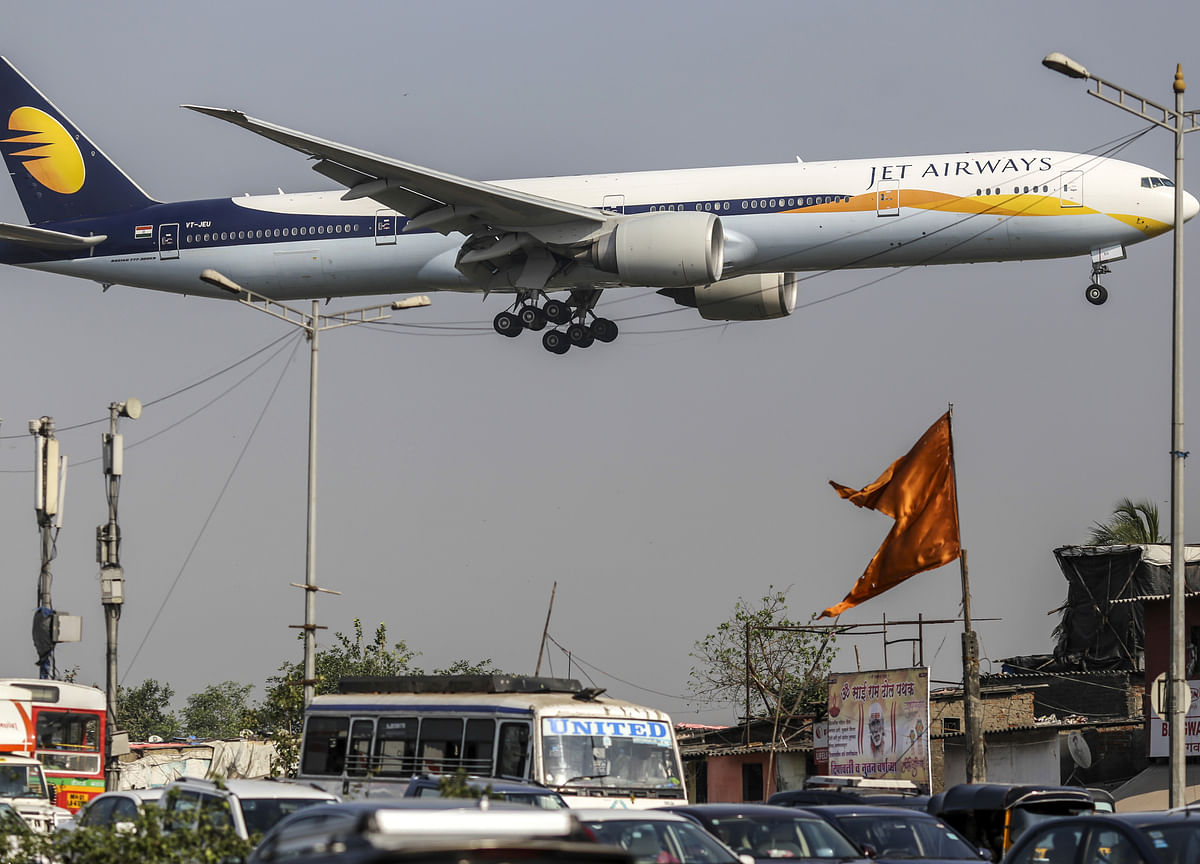 Jet Airways Set for Four-Year Low as Tax Officials Check Books