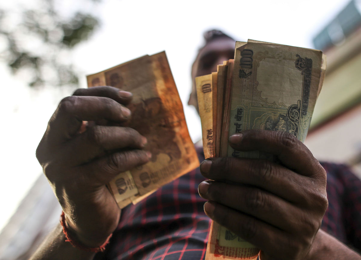 India's Shadow Banks Gain on Report RBI May Offer Credit Line
