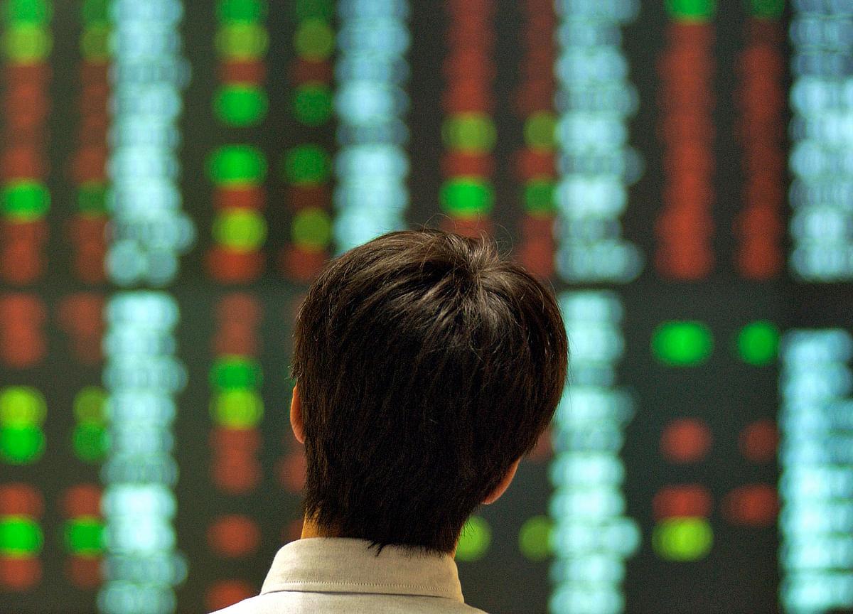 Tech Stocks Retreat With Megacap Earnings in Focus: Markets Wrap
