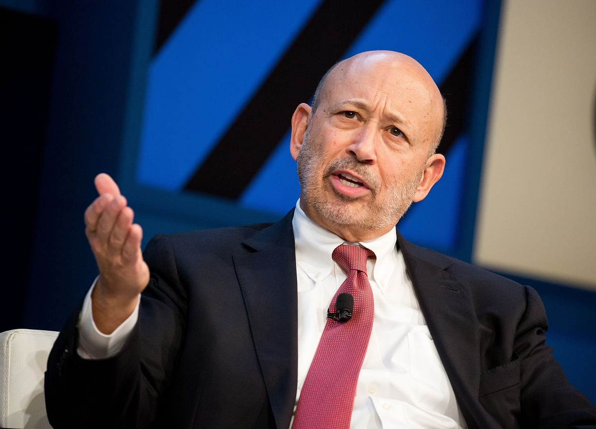 Blankfein and Cooperman Strike Back at Warren Over Her New Ad