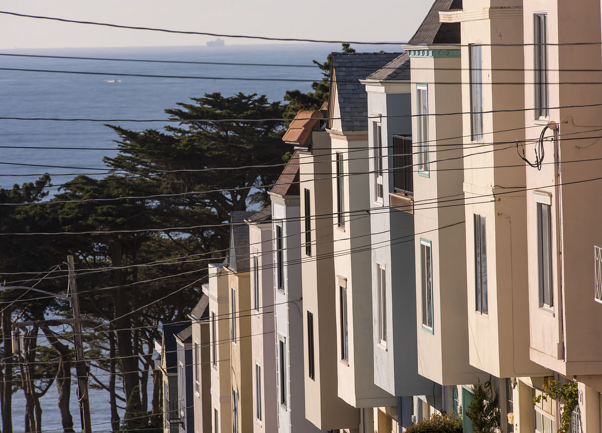 Recently Hot Housing Markets Now See Biggest Sales Declines