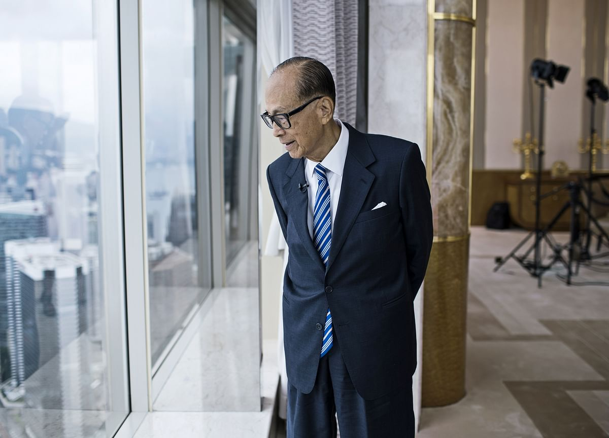 The Richest Family in Hong Kong Has the Most to Lose From Raging Protests
