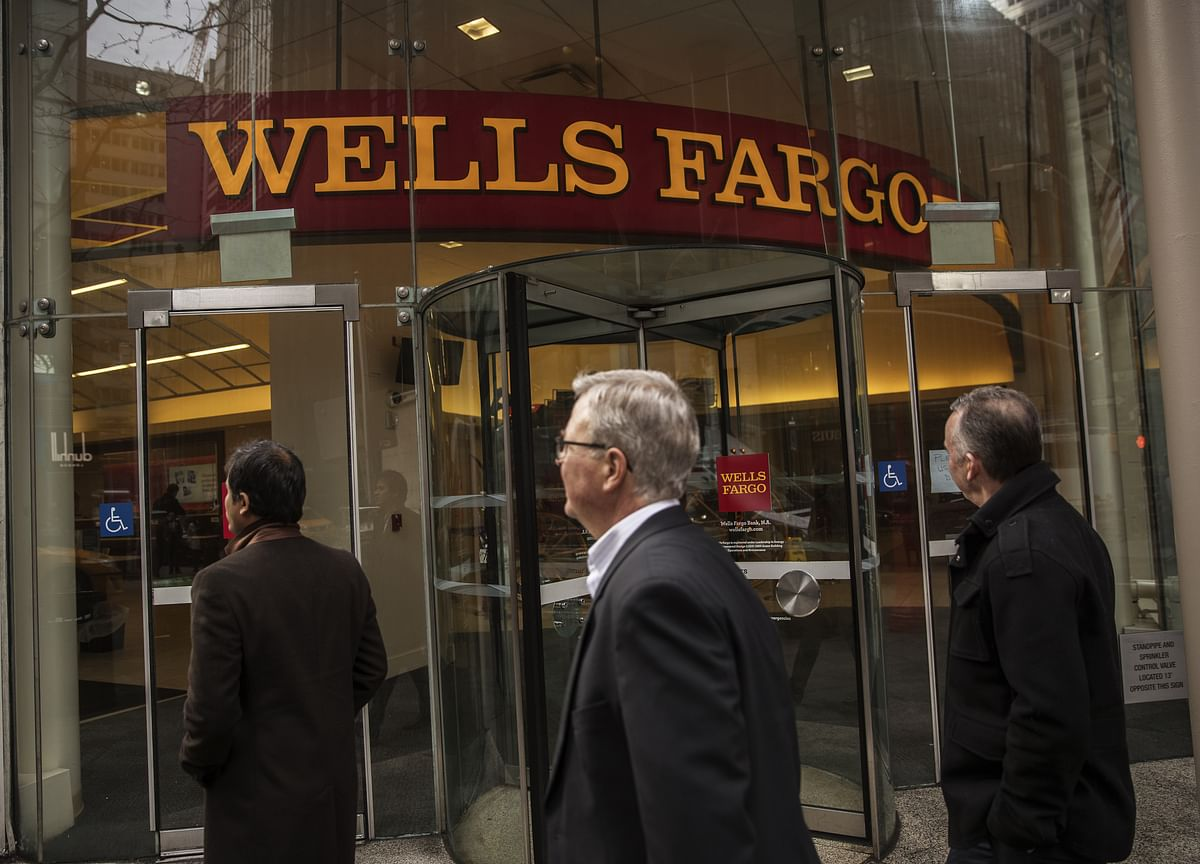Wells Fargo CEOSays He's Prepared to Stay Until He's 65