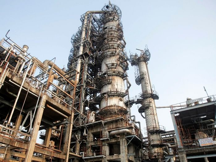 Oil Refiners Bet On Exports To Overcome Falling Domestic Demand