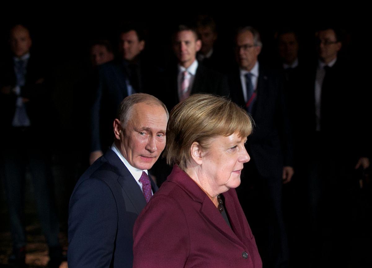 Putin, Merkel Align Goals on Libya and Russian Gas for Germany