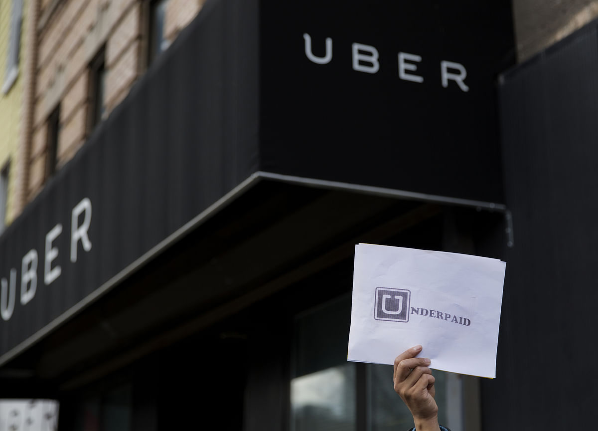 New York Sets Nation's First Minimum Wage for Uber,  Lyft Drivers