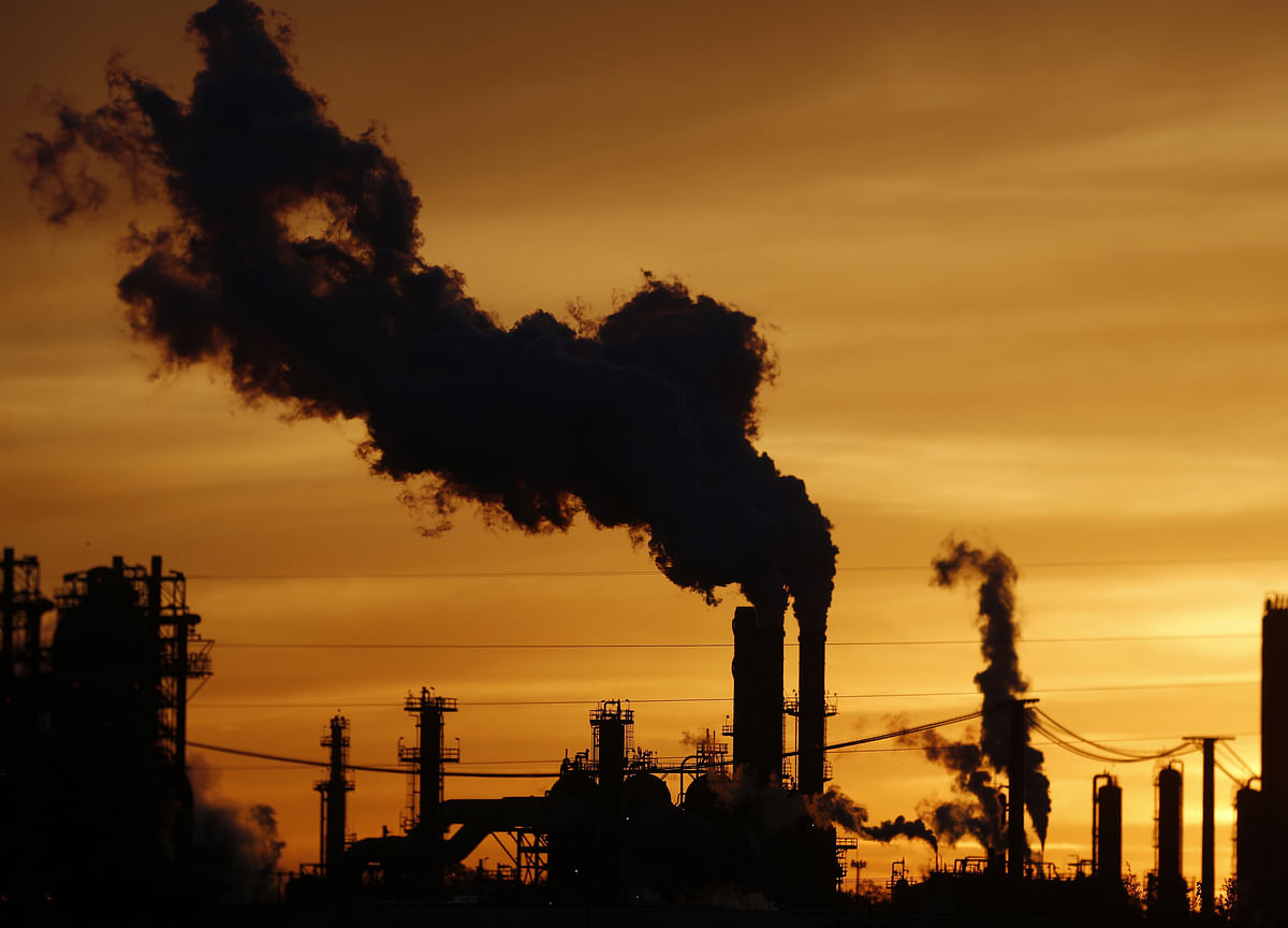 Sulfur Is the Oil Industry's Other Problem