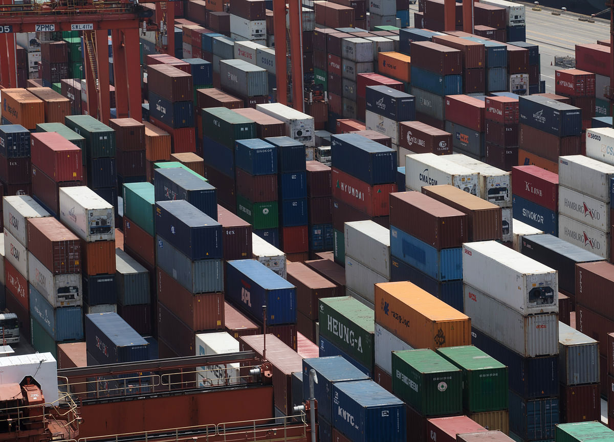 Rush to Beat Tariffs Fuels Record China Trade Surplus With U.S.