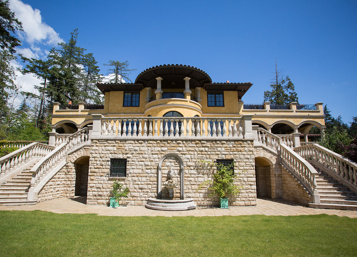 In 2019 a $65 Million Price Cut on a Mansion Wasn't a Big Deal