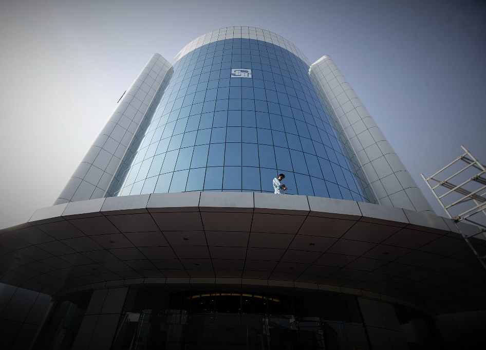 SEBI Introduces New Disclosure Rules  For Listing Commercial Paper