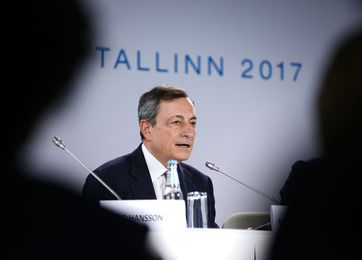 Draghi Tests Legal Limits Again With Claim of QE Flexibility