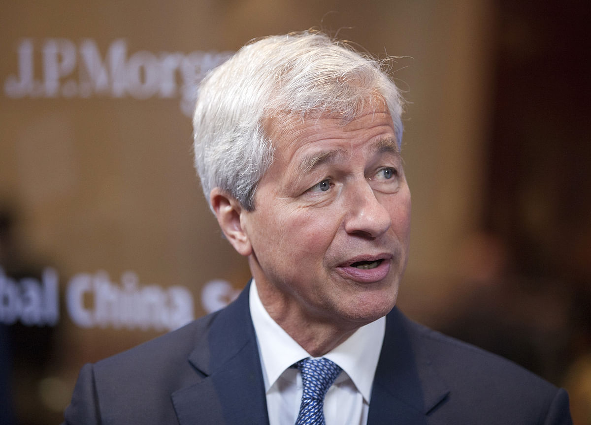 Sanders Goes After JPMorgan CEO Jamie Dimon in New Ad