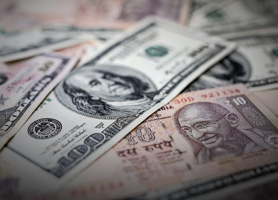 Rupee Strengthens 24 Paise To Close At One-Week High On U.S. Rate Cut Hopes
