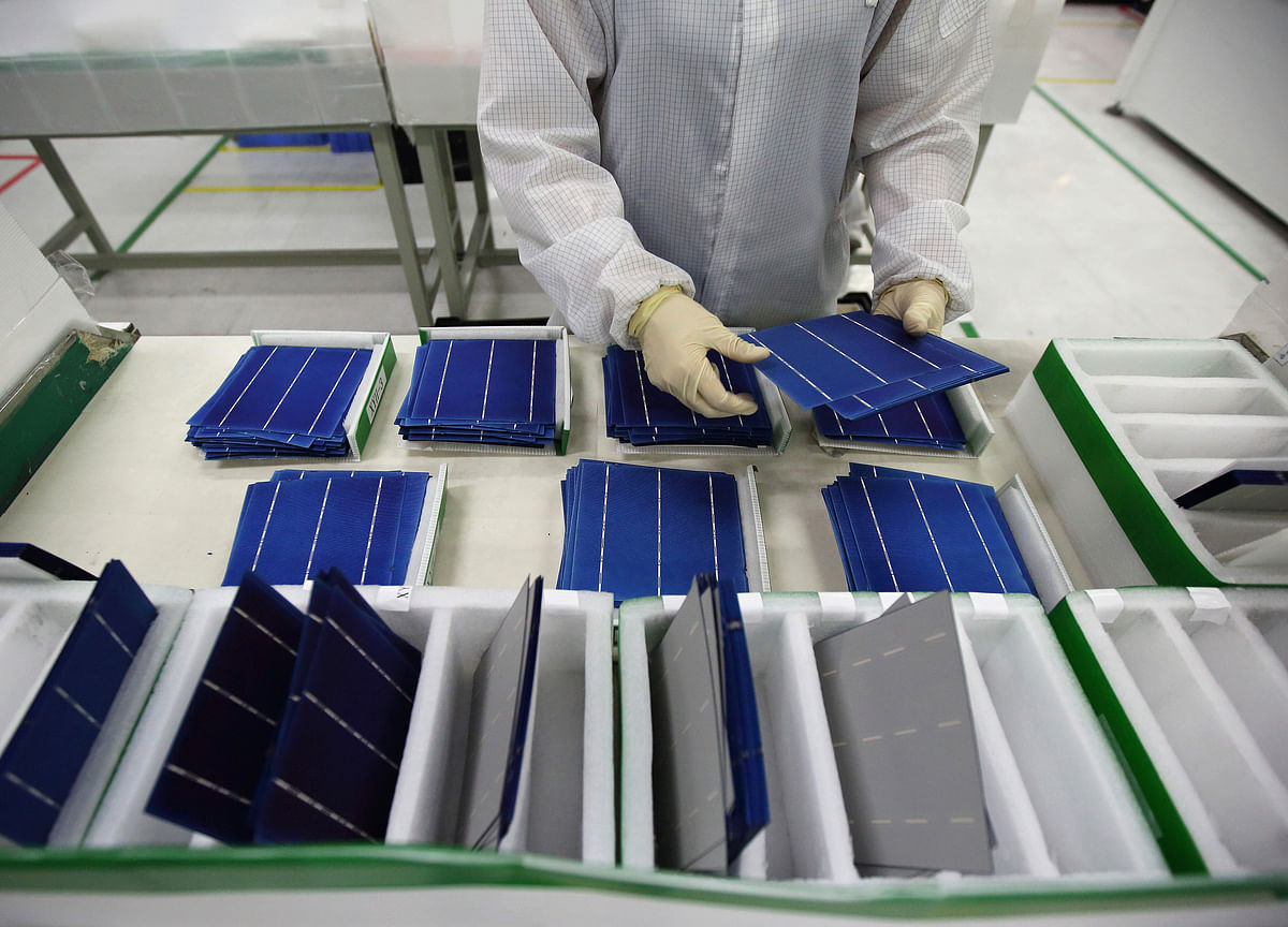 India Proposes Safeguard Duty on China, Malaysia Solar Cells