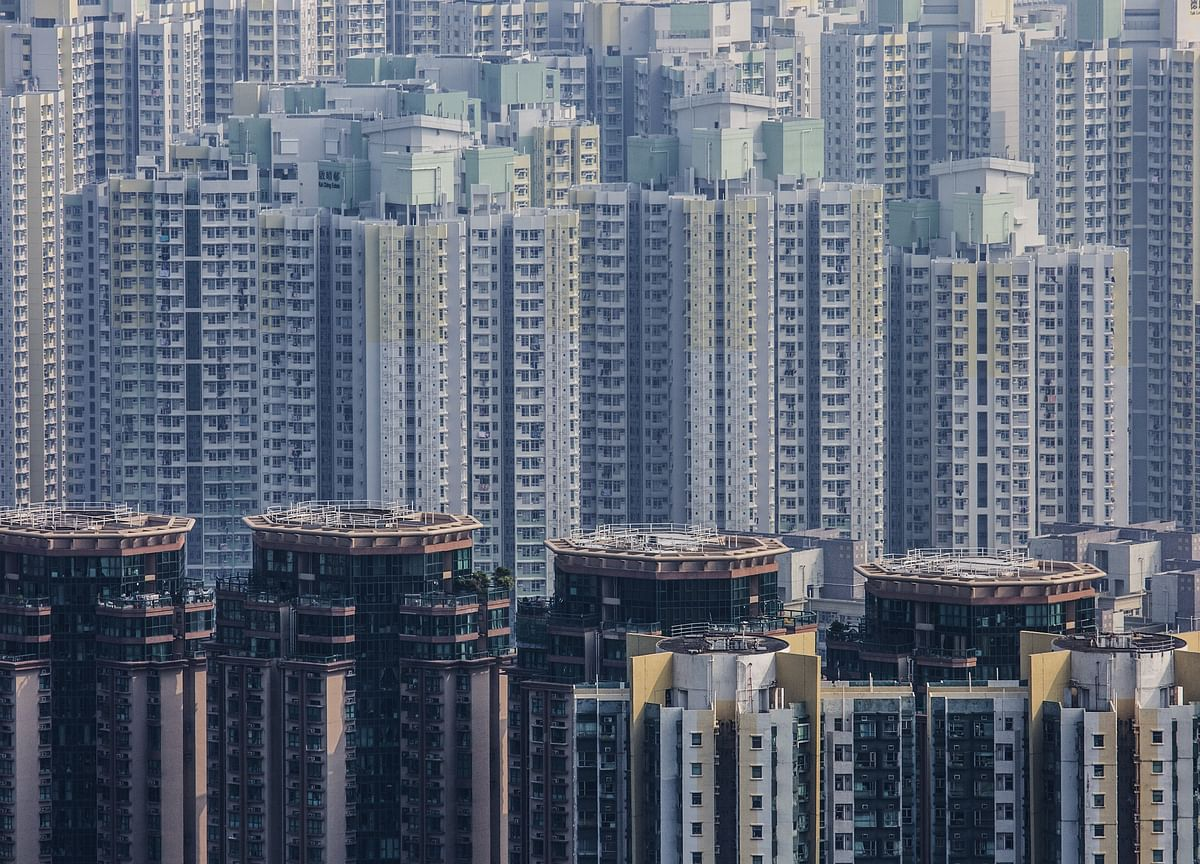 Home Prices Surge in China's Smaller Cities as Risks Spread