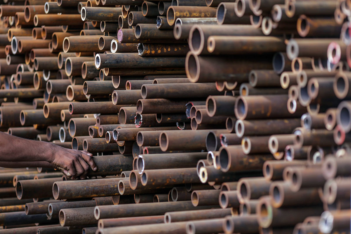 How Sajjan Jindal, Tata Group May Gain From Acquiring Stressed Steel Assets