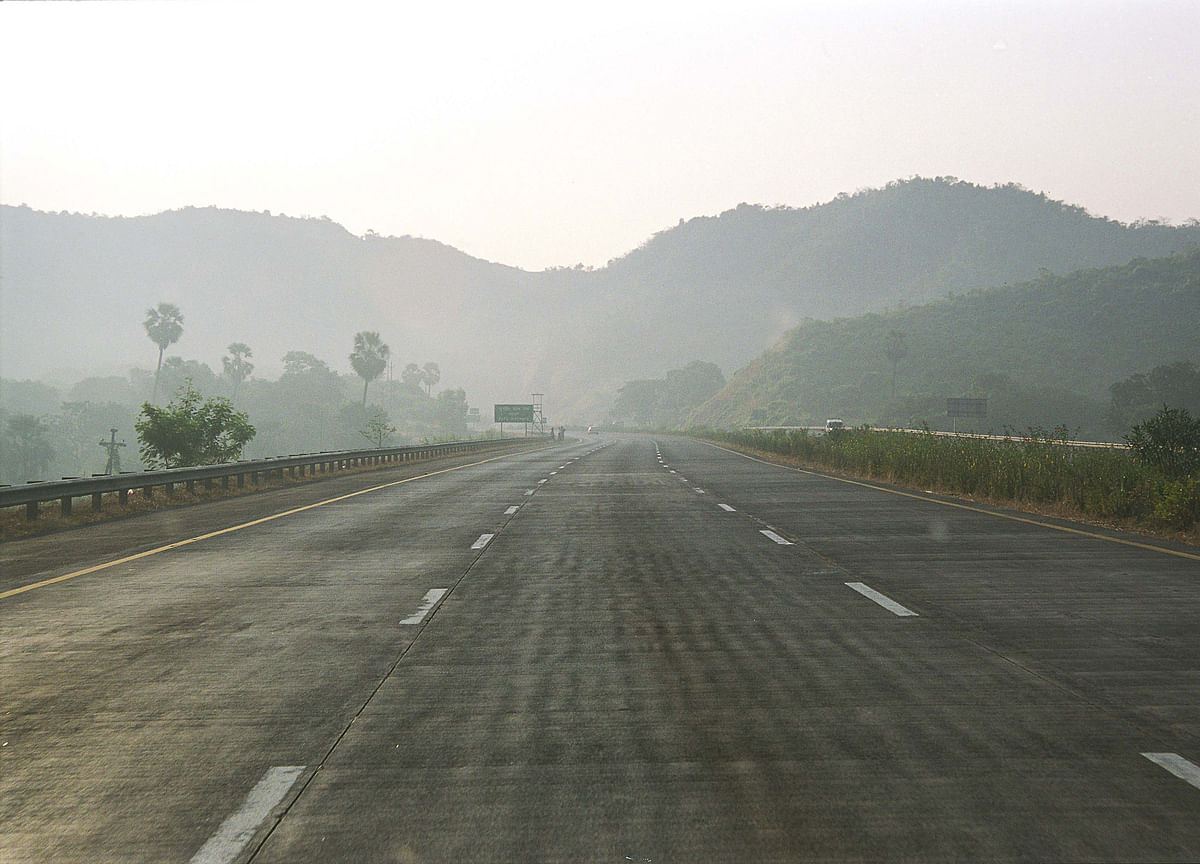FASTag Users To Get 5% Cashback On Toll At Mumbai-Pune Expressway