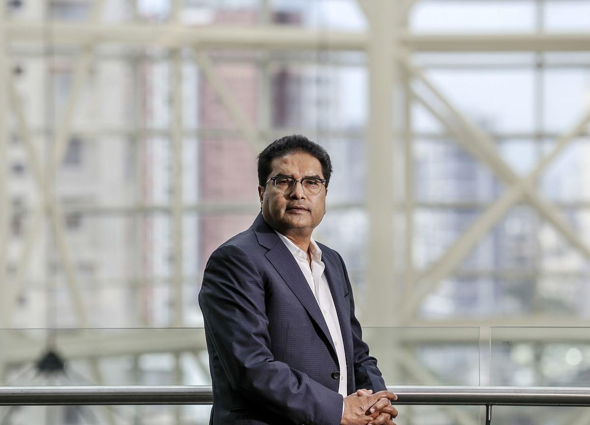 Raamdeo Agrawal Is Not Following This Warren Buffett Strategy