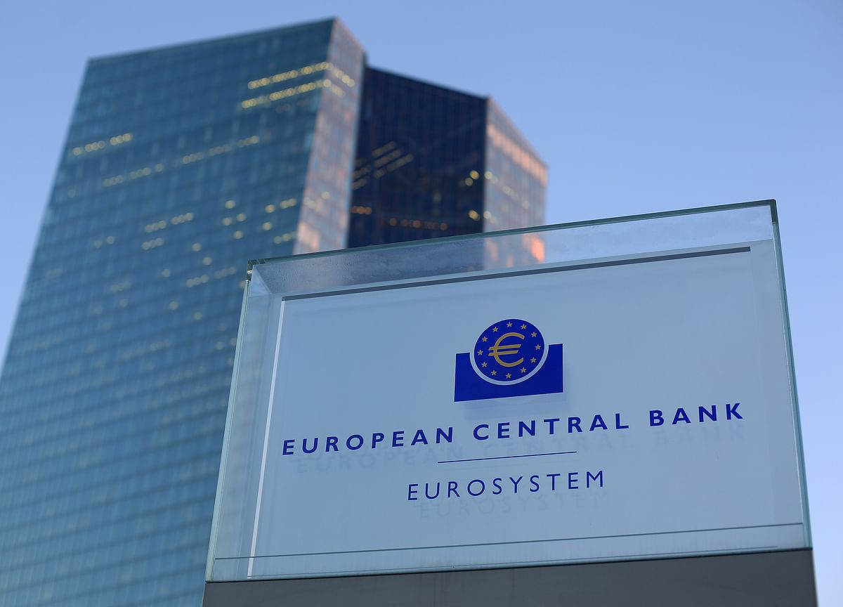 Dovish Central Bankers, ECB Eyes Slowdown, U.S. Growth: Eco Day