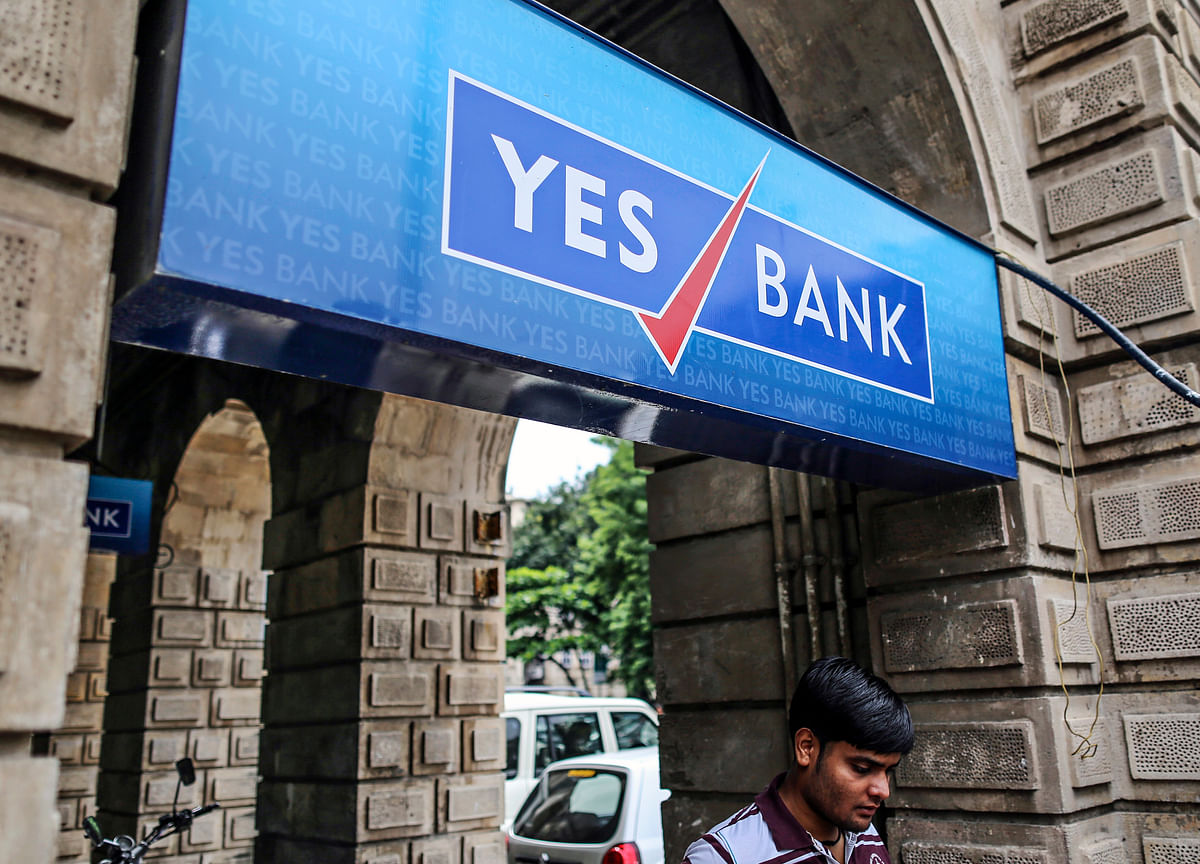 India's Yes Bank Bonds Slump by Record After Stock Crash