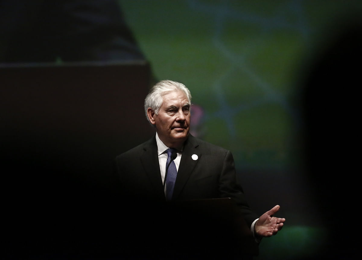 Tillerson Faces `Death Blow' After Repeat Clashes With Trump