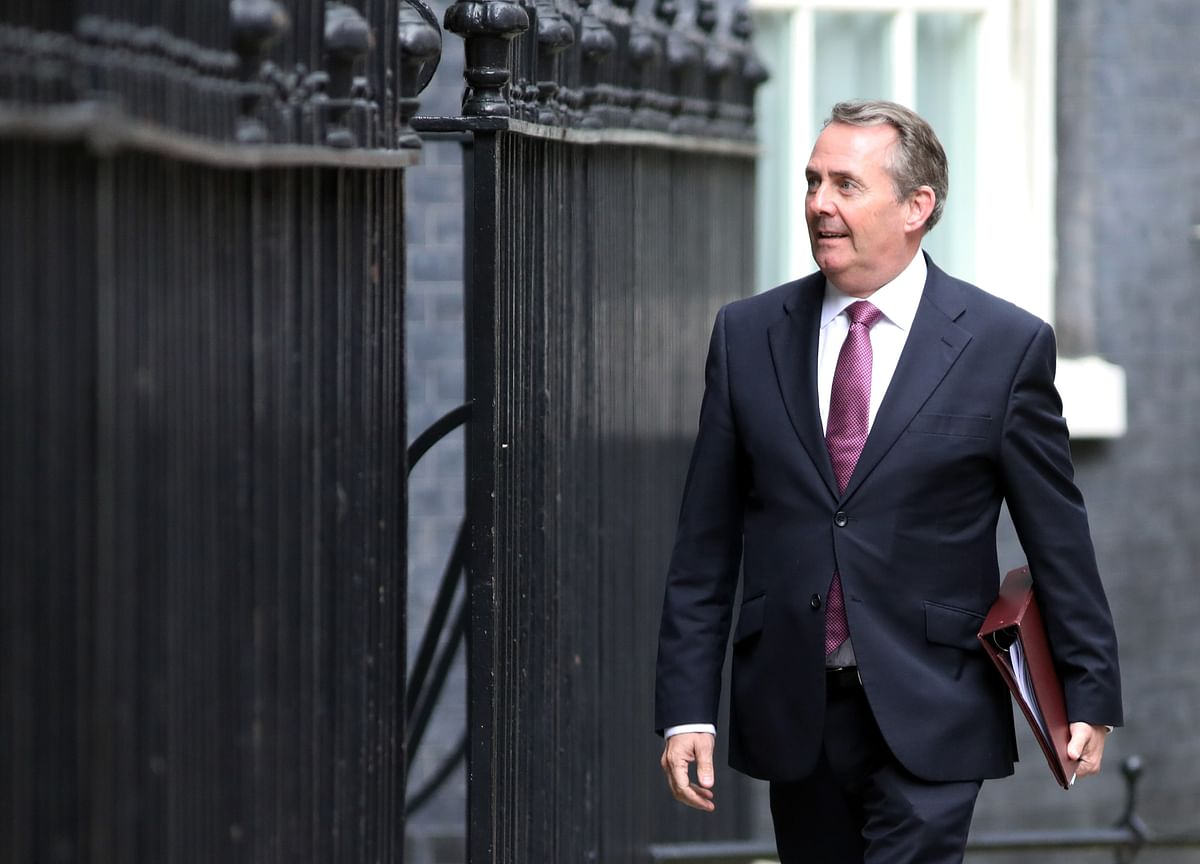 U.K.'s Fox Acknowledges Hard to Strike EU Trade Deal by 2019