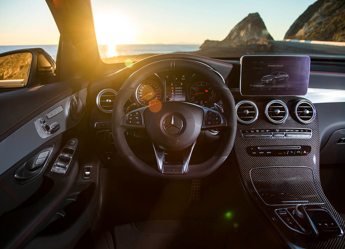 Mercedes Thieves Showed Just How Vulnerable Car-Sharing Can Be