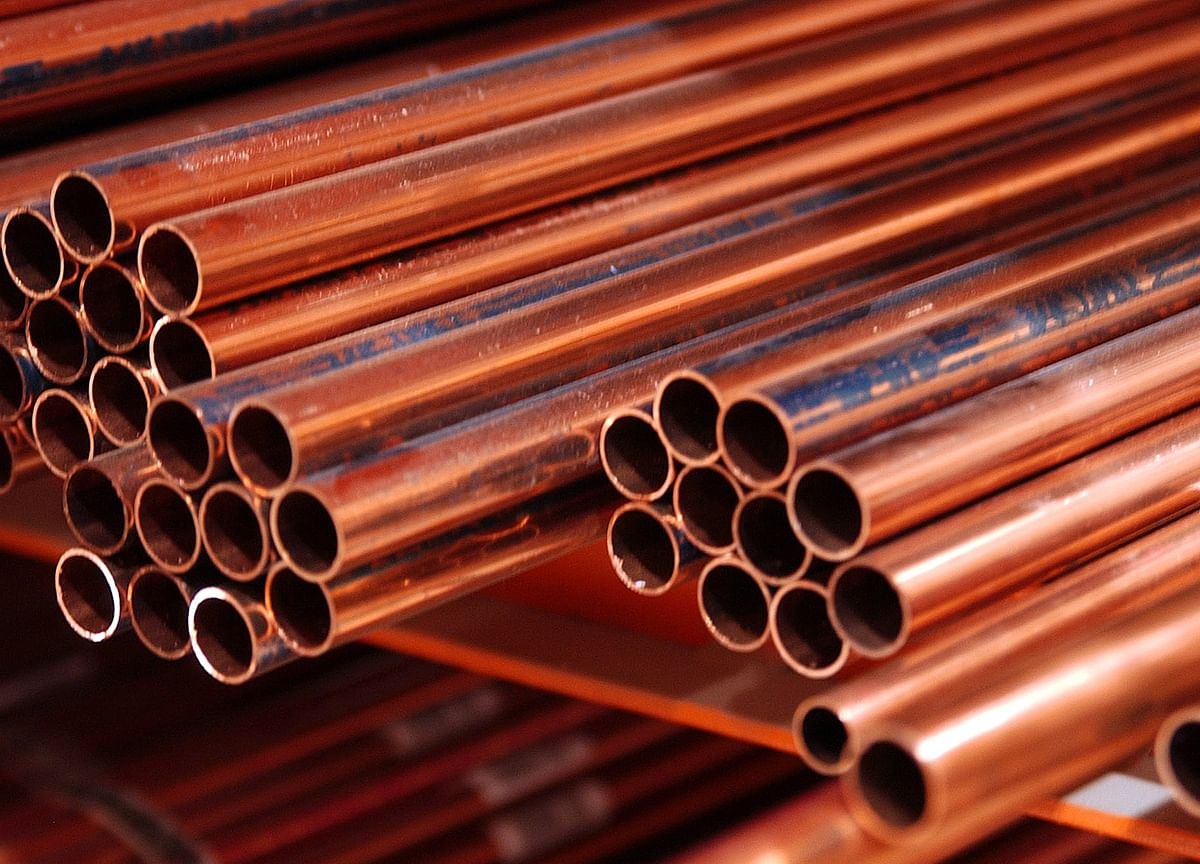 Copper Drops As Over 121 Million Pounds Trade In Three Minutes