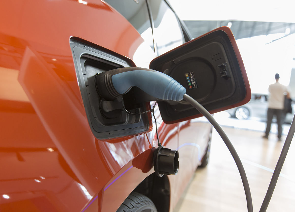 Electric Cars May Be Cheaper Than Gas Guzzlers in Seven Years