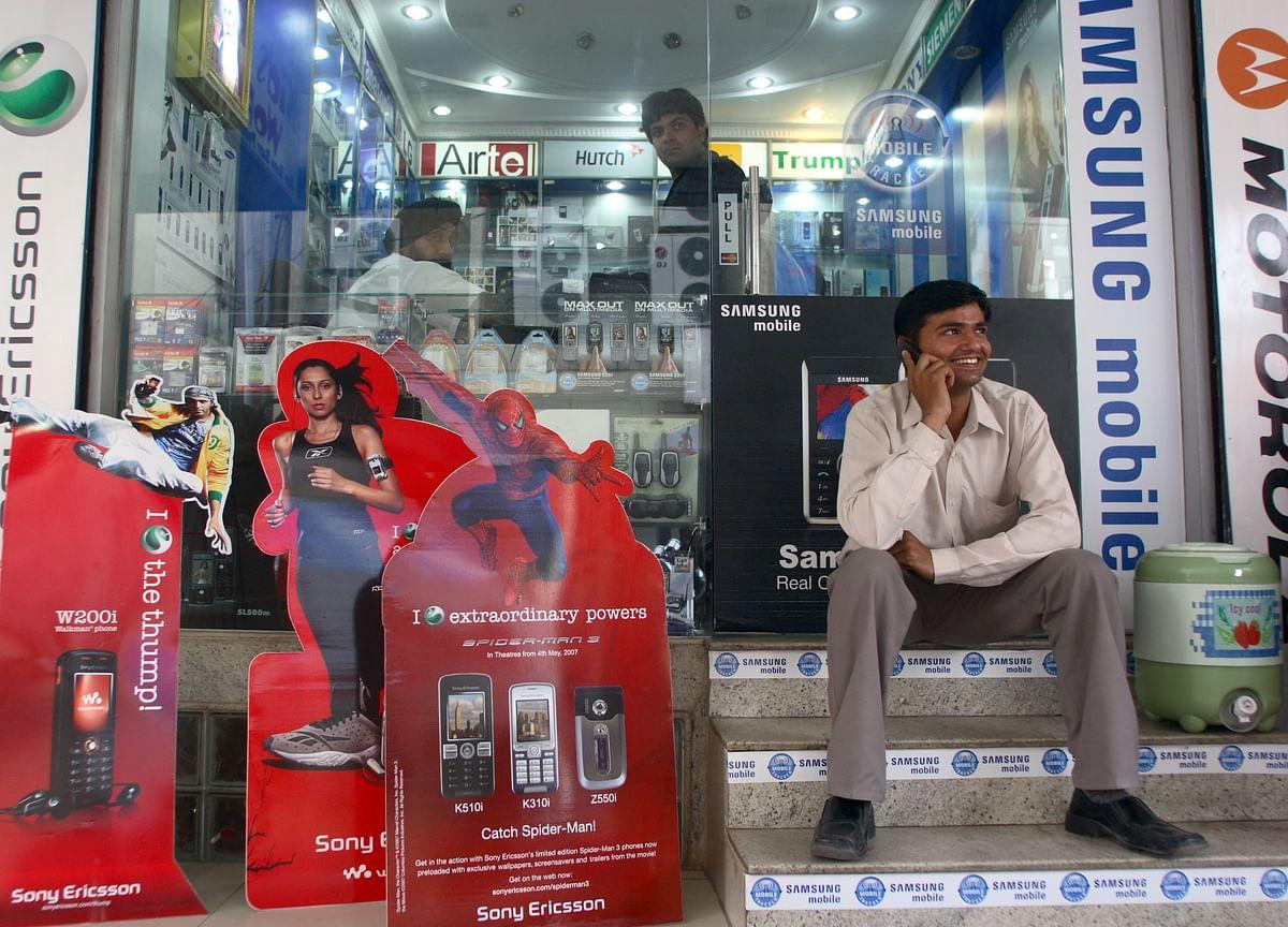 India's Telecom User Base Rises 0.5% To Cross 121 Crore