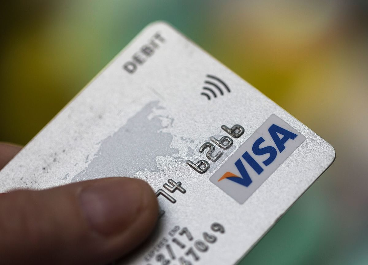 RBI Aims To Push-Up Digital Transactions To 15% Of GDP By 2021