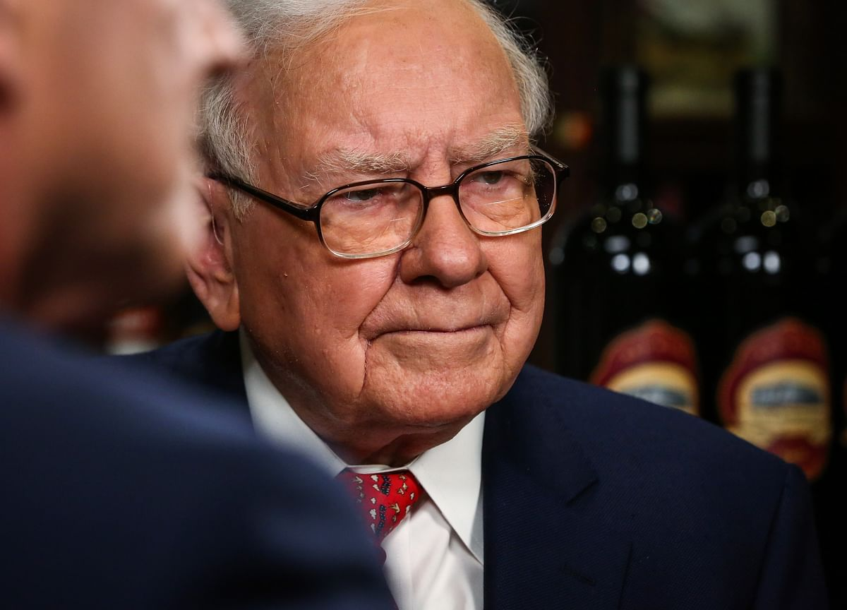 Buffett's Berkshire May Pick Up Stake In Kotak Mahindra Bank, CNBC-TV18 Reports