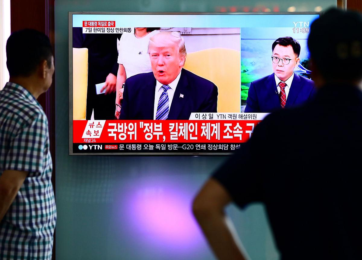 Trump Stays Defiant Before Tariffs, Lashing 'Weak' Critics