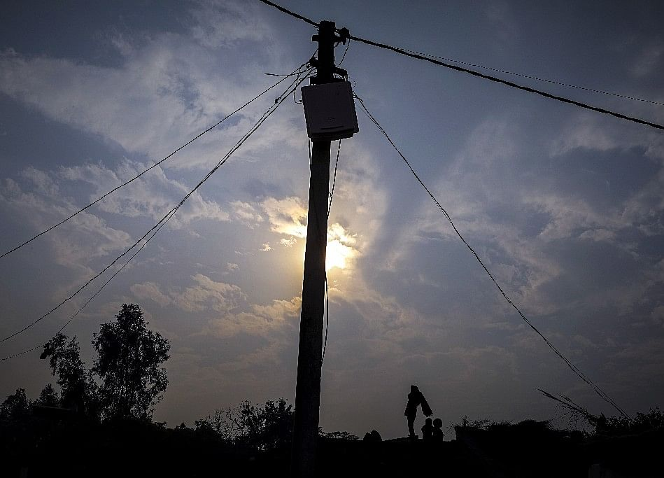 India Likely To Achieve Universal Household Electrification By January-End